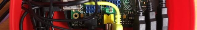 Raspberry Pi + L-02C でバッチリ安定する多機能 LTE ルータをつくったメモ